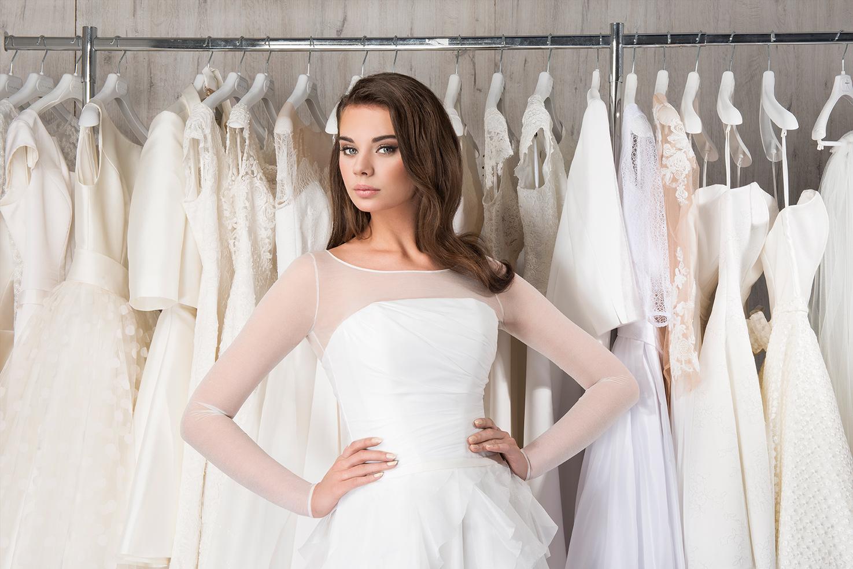 projektowanie sukien ślubnych